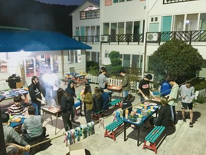 7. 고기파티 (2).JPG
